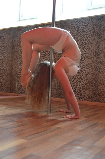 pole dance training2